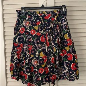 Pretty floral pattern flare skirt